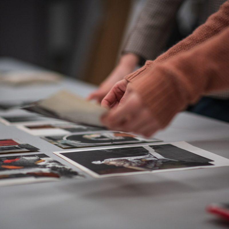 Lablab x Miesiąc Fotografii – sprawdźcie jak produkowane są nasze wystawy